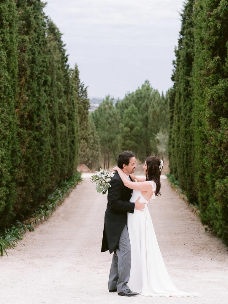 Fotografia de casamento na quinta do valle do riacho pelos fotógrafos de casamentos de Lisboa - Boris the Cat